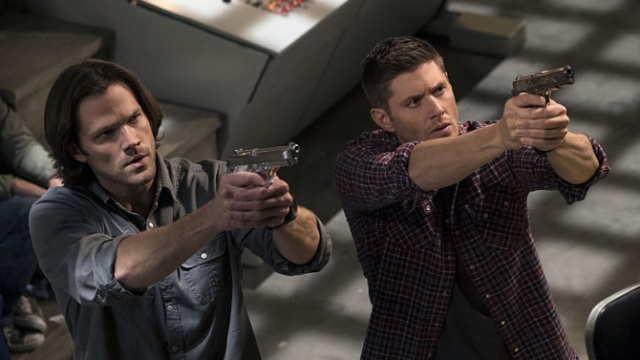 sam and dean guns.jpg